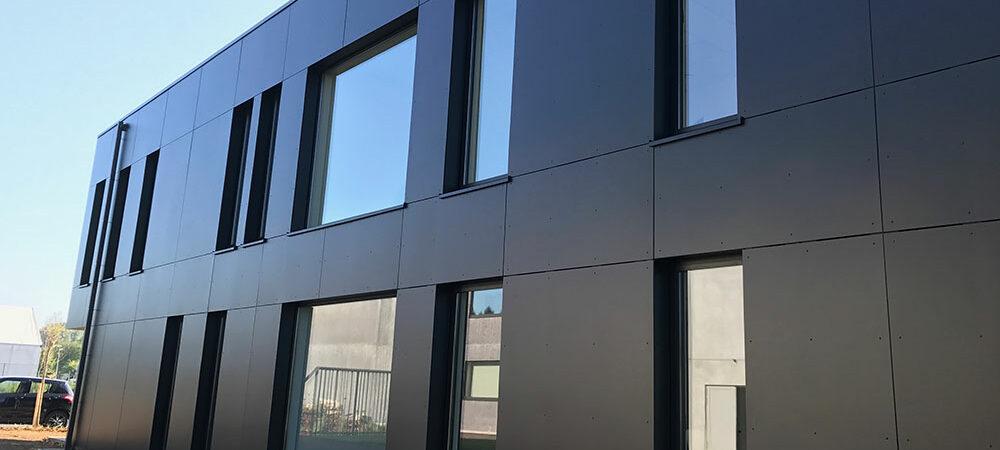 MOB Menuiserie Agencement Design à Orange dans le Vaucluse Bardage Bois Alu PVC